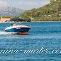Rent a boat Bennetau Flayer 550